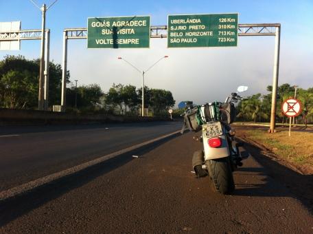 Divisa Goiás - Minas Gerais em direção ao trevão
